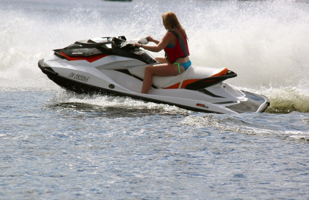 where to rent personal watercraft in ontario northern ontario travel. Black Bedroom Furniture Sets. Home Design Ideas