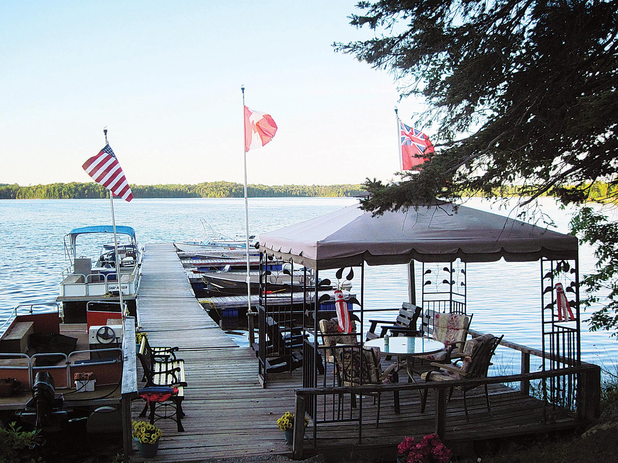 Hunting fishing resorts double as family retreats in for Ontario canada fishing resorts