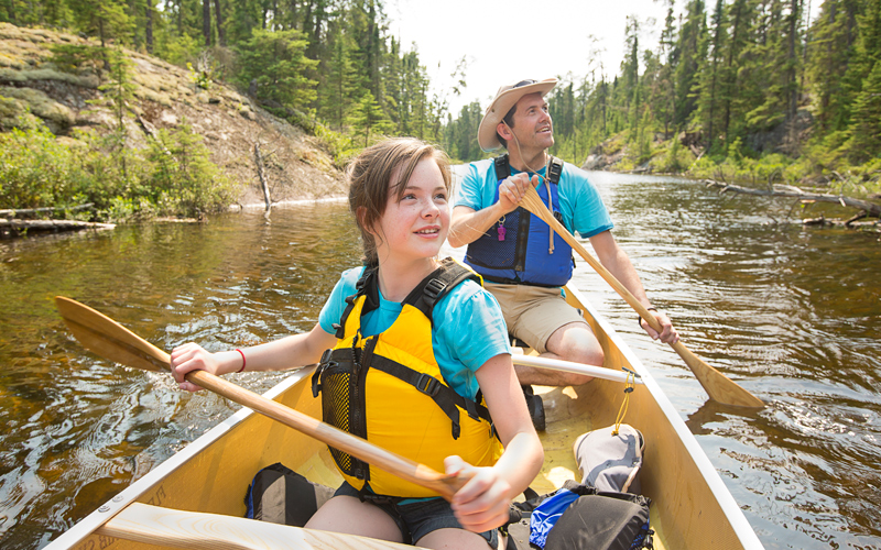 Father-daughter-canoeing