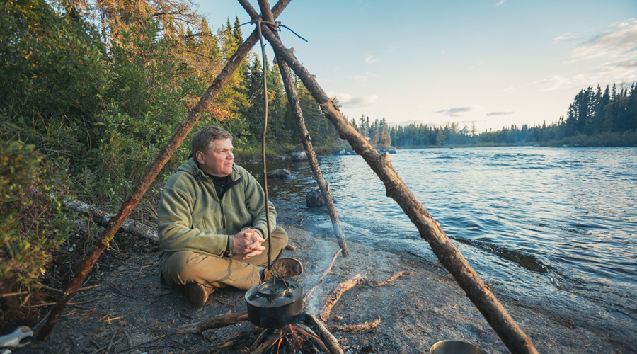 1-Ray-Mears-in-Wabakimi-
