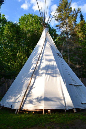 Great_Spirit_Circle_Trail_TeePee-Glamping