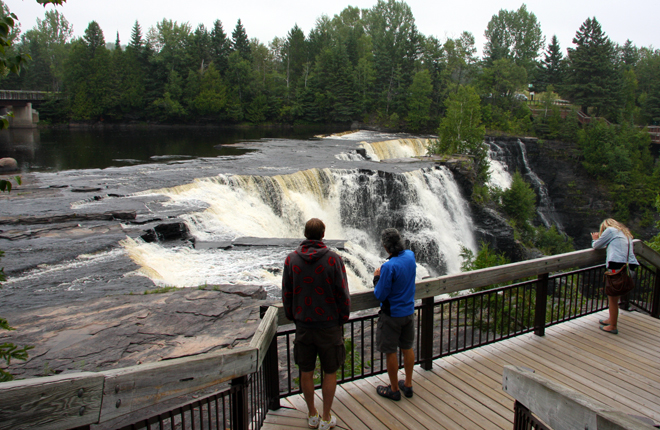 Watching the waterfalls at Kakabeka Falls Provincial Park