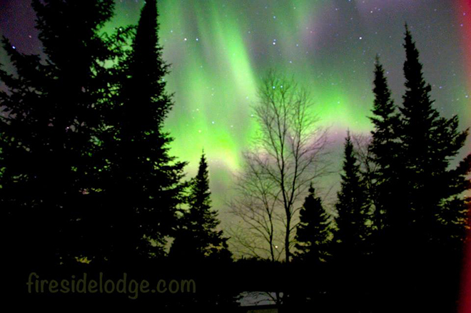 Green and purple Northern Lights at Fireside Lodge in Sioux Lookout