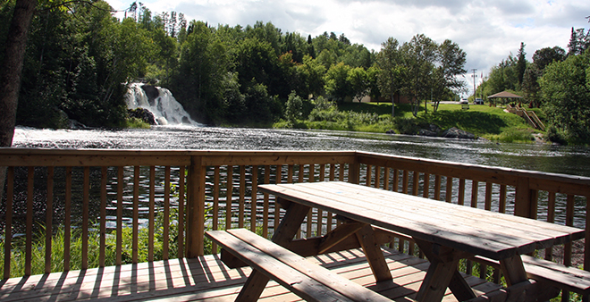 Enjoy a view of Little Falls in Atikokan from across the river.