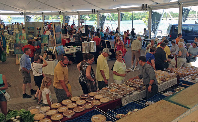 Enjoy the Matiowski Farmers' Market in Kenora under the tent