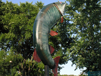Roadside Tourist Attractions - Husky the Muskie in Kenora, Ontario