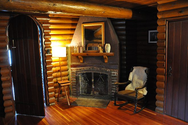 quebec lodge room