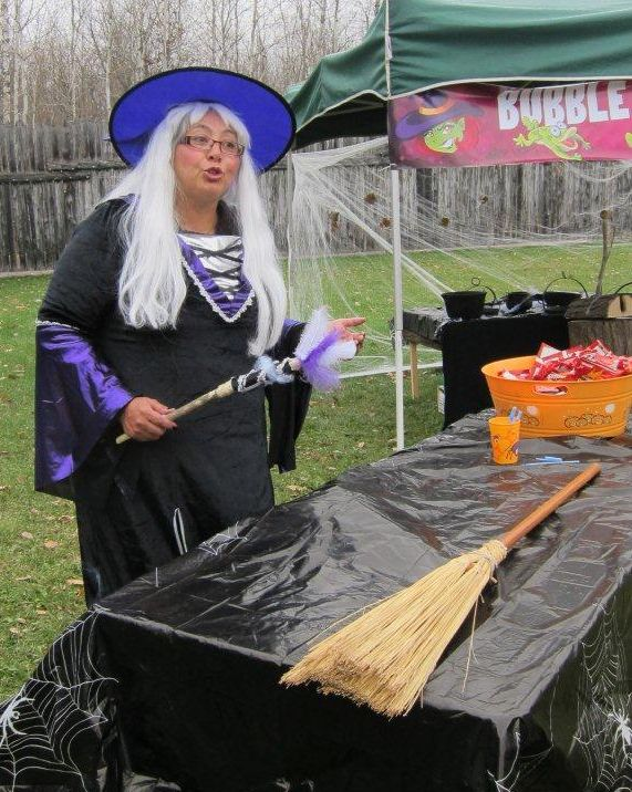 Fort Halloween witch of east
