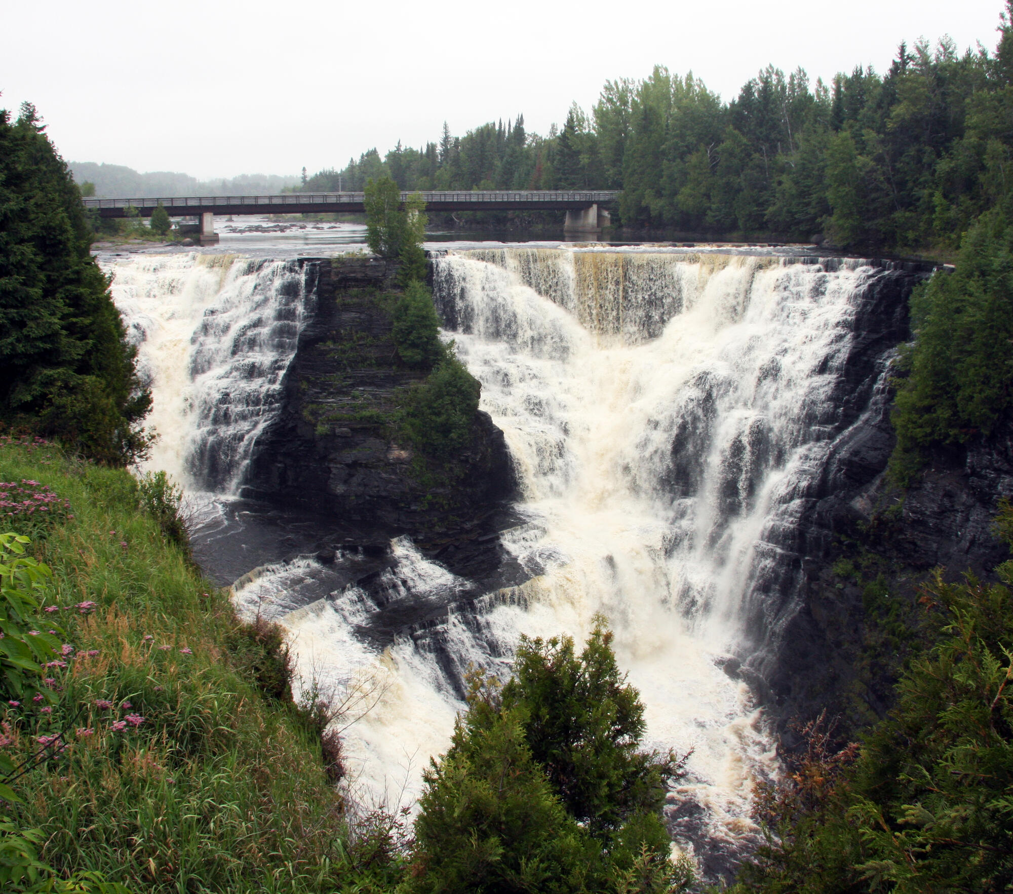 Places Of Worship Thunder Bay: Kakabeka Falls: 5 Reasons You Need To Stop On Your Next