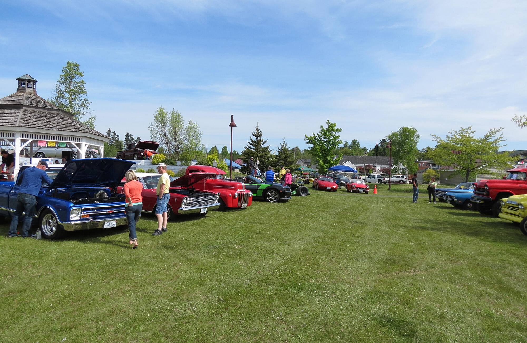 Lets Go Cruisin Algomas Two Big Classic Car Shows And Why You - Classic car meets near me