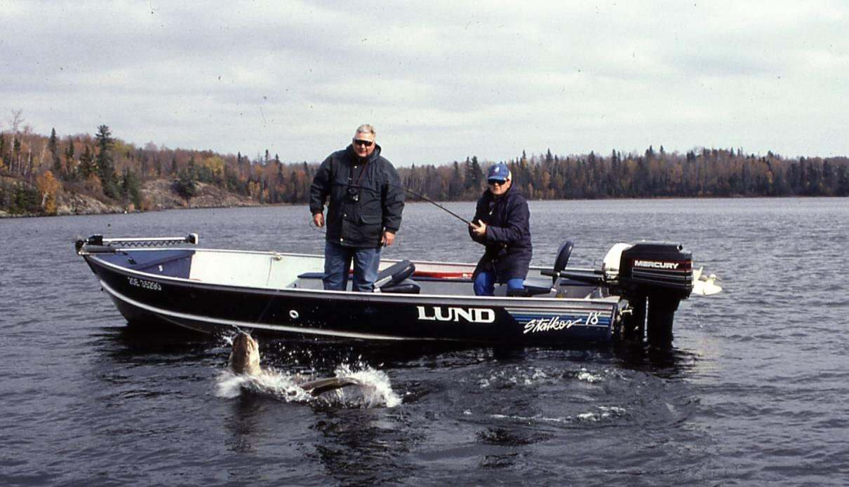 Getting the most from your guide northern ontario travel for Ontario drive in fishing lodges