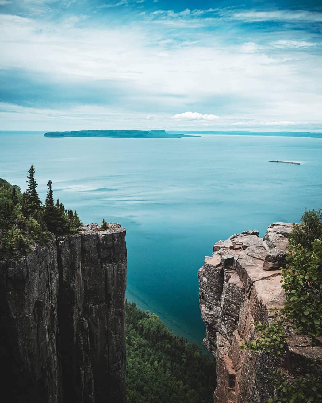 View over Lake Superior from top of the Sleeping Giant.