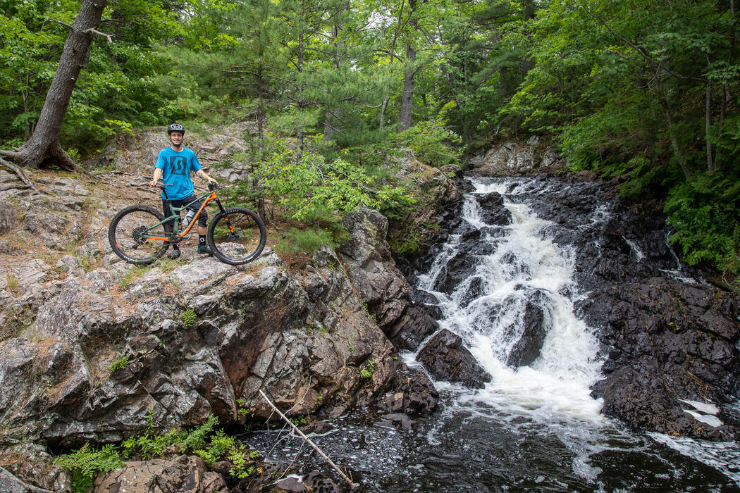 mountain-bike-waterfall