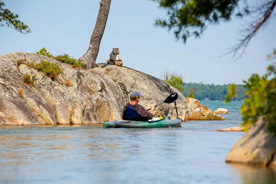 kayaking-lake-huron