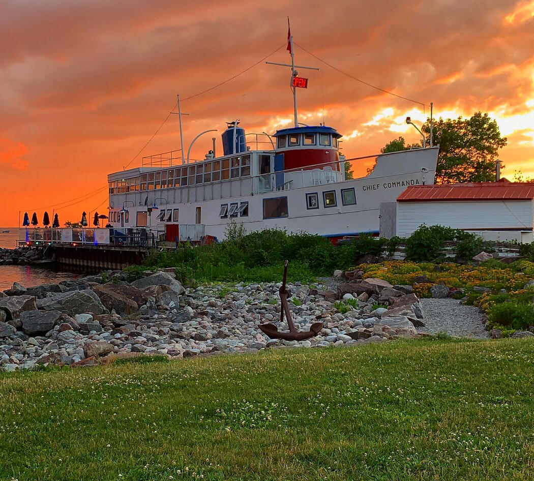 The Boat restaurant in North Bay