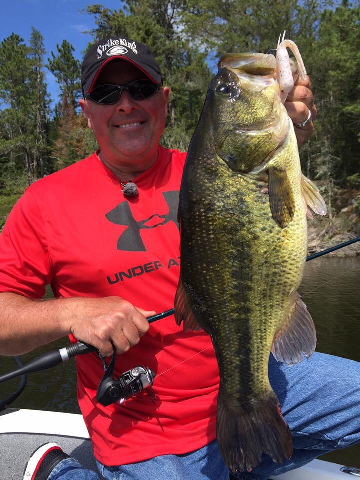 sunset-country-smallie