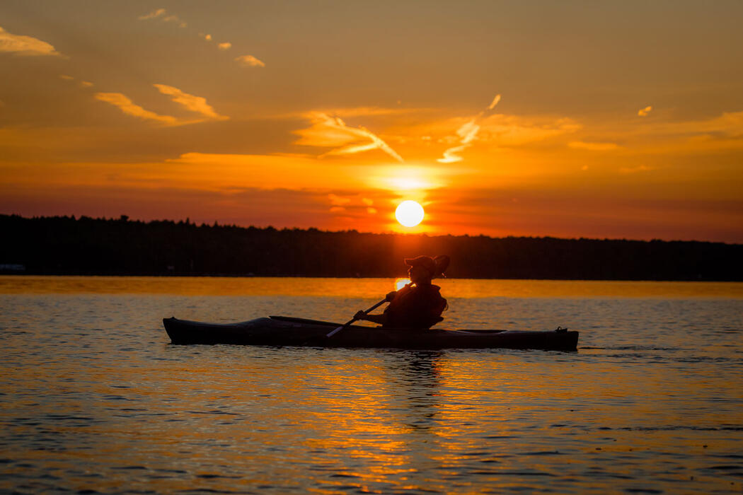 sunset-kayak