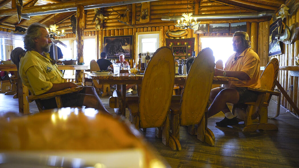 kaby-lodge-dining