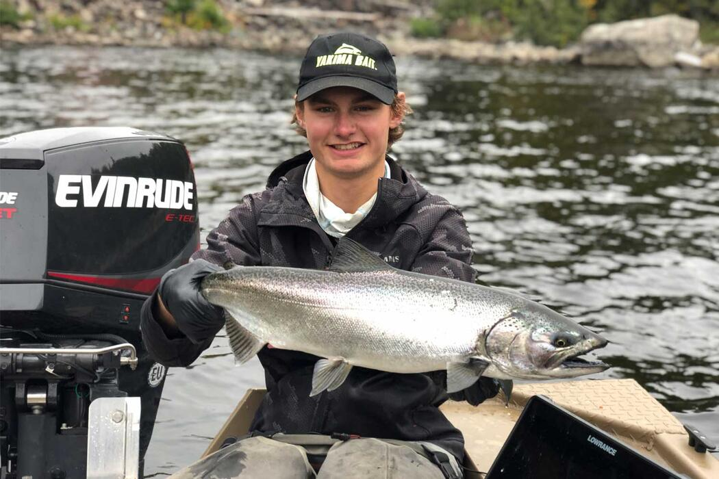 salmon fishing michipicoten river wawa ontario