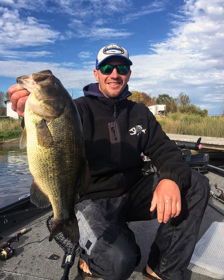 Fall walleye fishing tips northern ontario travel for Fall bass fishing tips