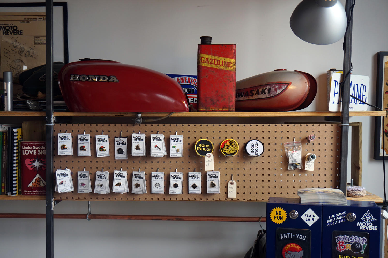 Moto revere diy motorcycle garage in toronto northern ontario travel personally doing the basics like tightening a chain and changing oil replacing spark plugs or taking a wheel off can be done anywhere solutioingenieria Gallery