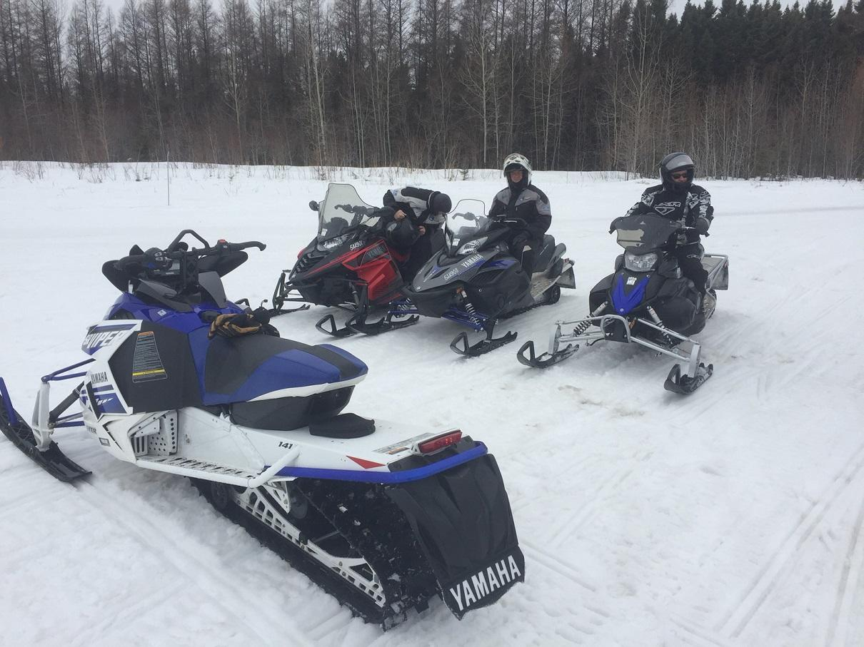When will 2016 autos post for Yamaha snowmobiles canada