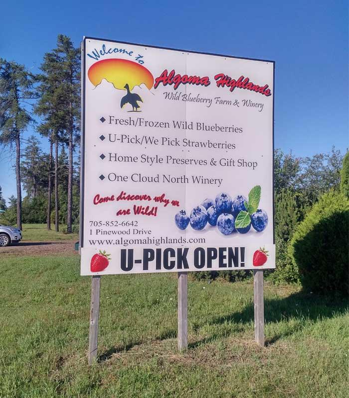 algoma highlands wild blueberry farm welcome sign
